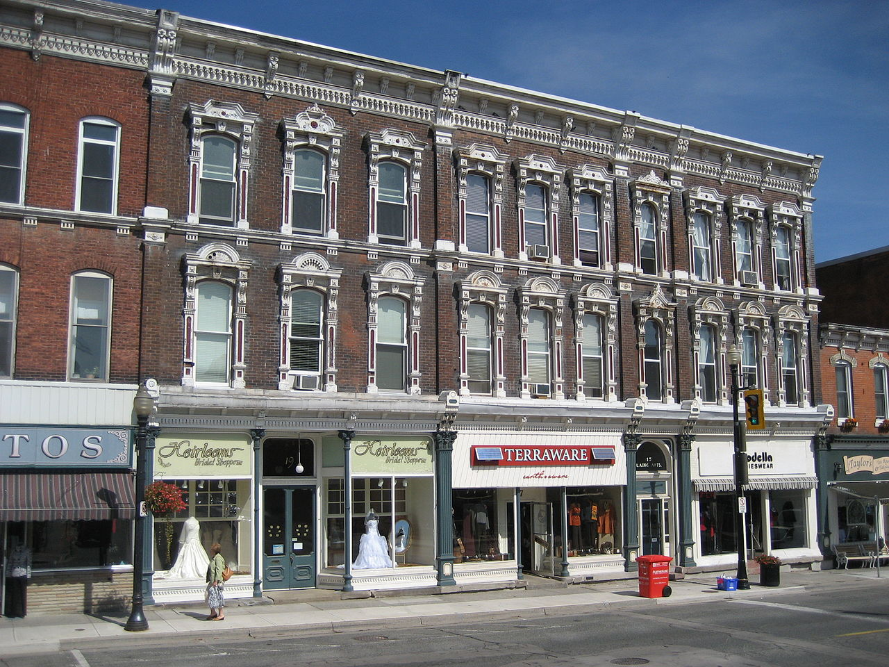 King Street West has a quiet and dignified air (Image Credit: Wikimedia).