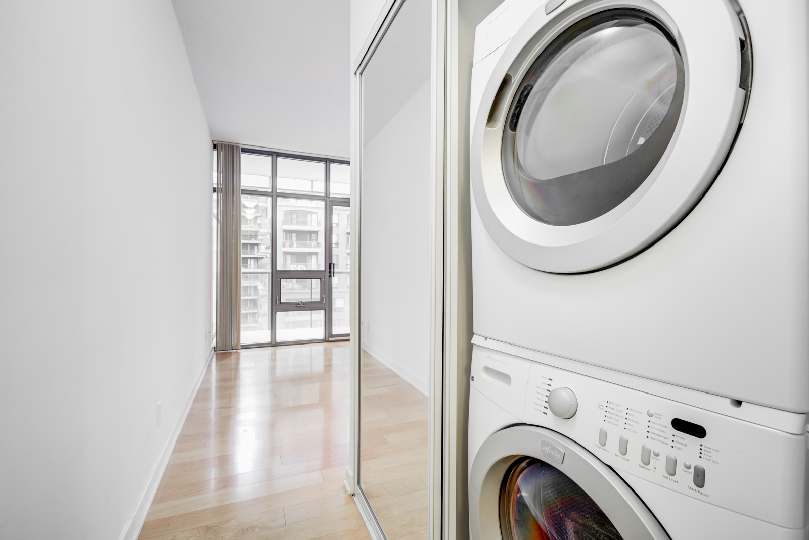 Washer and dryer -33 Charles St E Unit 911