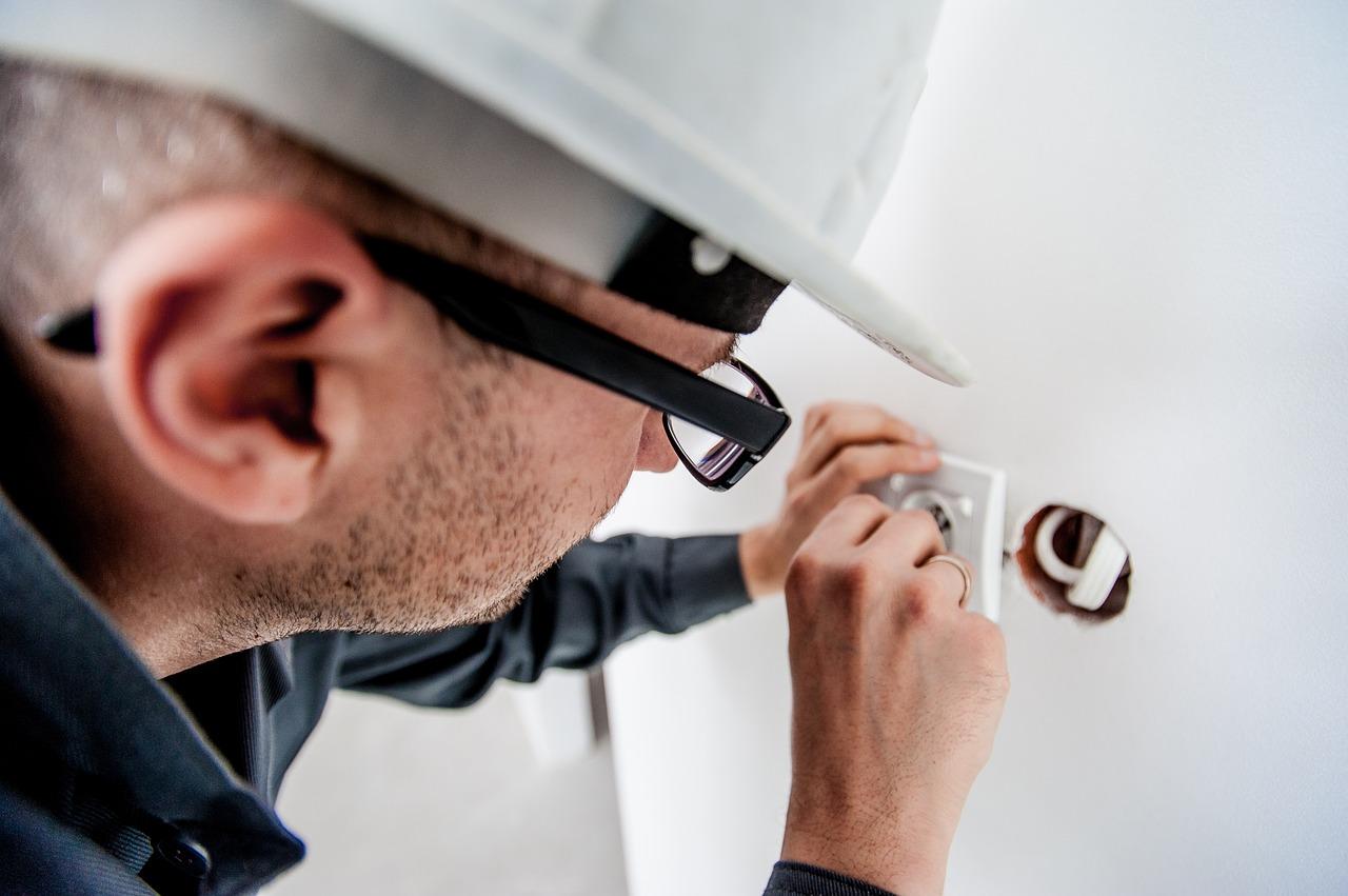 Electrician working on custom house