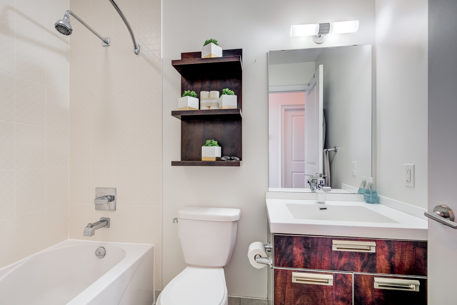 Gorgeous bathroom of 28 Ted Rogers Way Unit 3609.