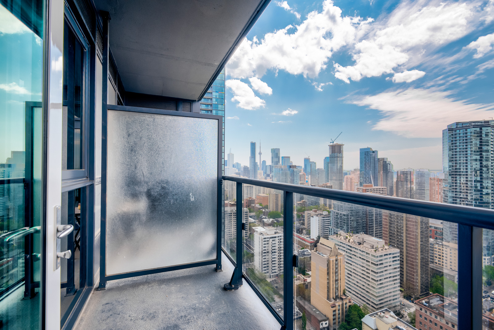 28 Ted Rogers Way Unit 3609 balcony.