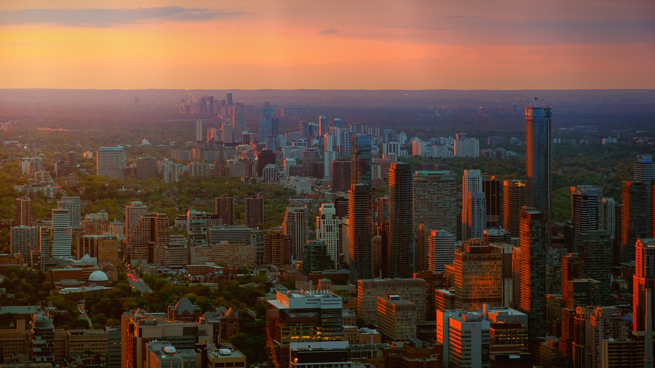 Ariel view of the GTA at dusk.
