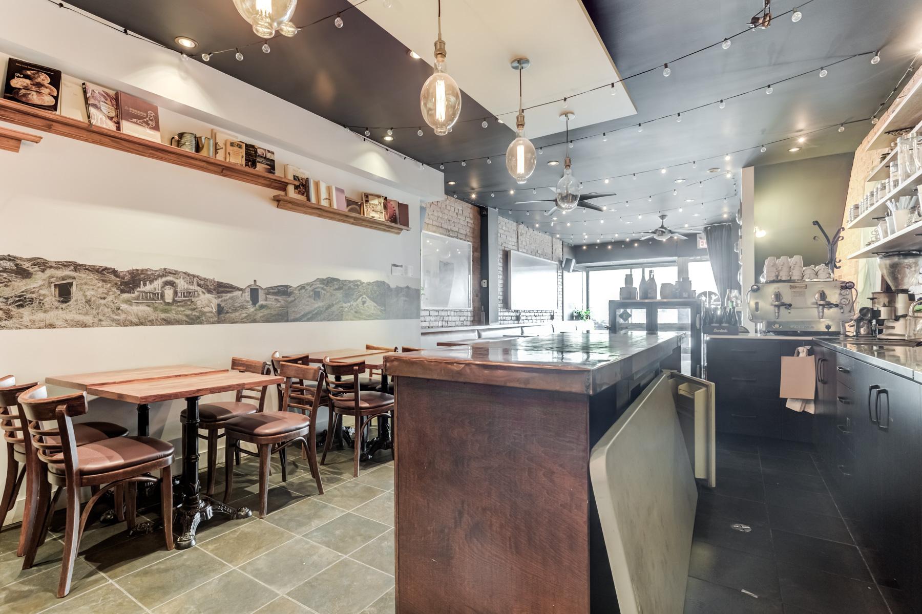 Empty interior of Fiorentina restaurant.